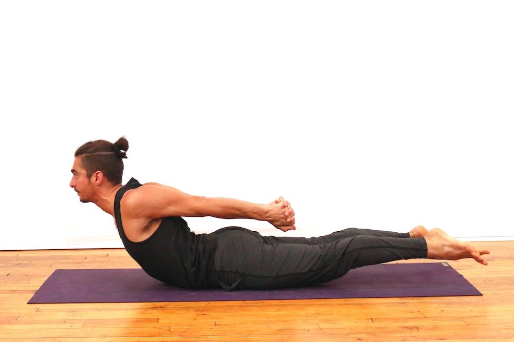 ONLINE YOGA CLASSES FOR SHOULDER strength & FLEXIBILITY